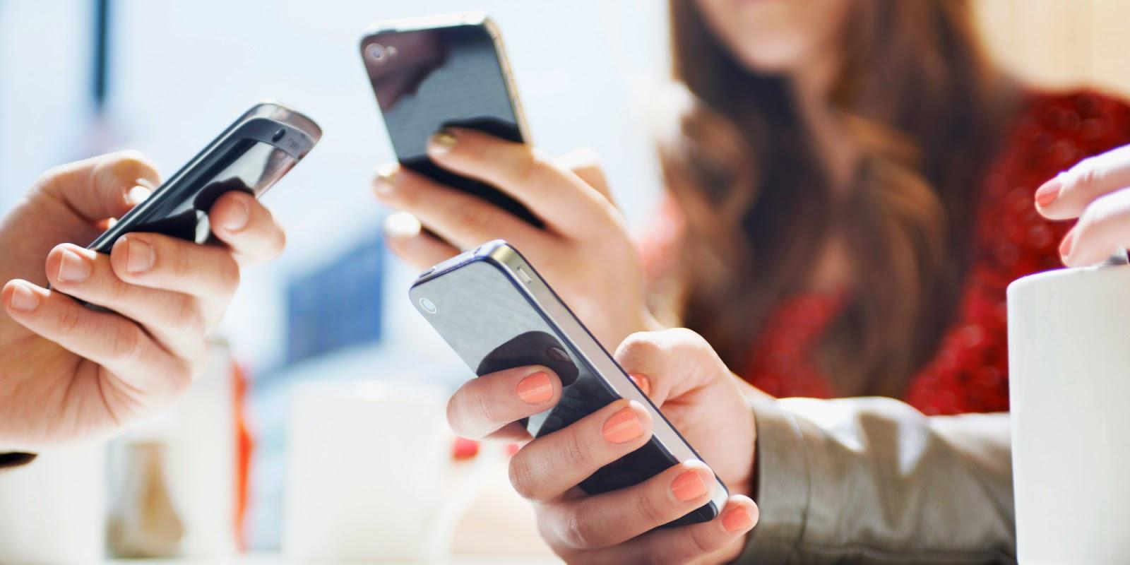 Telefoanele inteligente, o necesitate pentru multi utilizatori