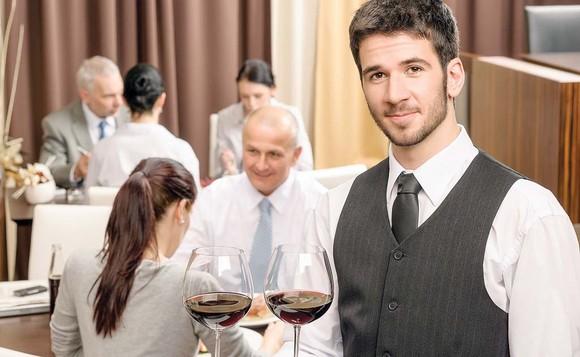 Sfaturi pentru a lucra ca si chelner