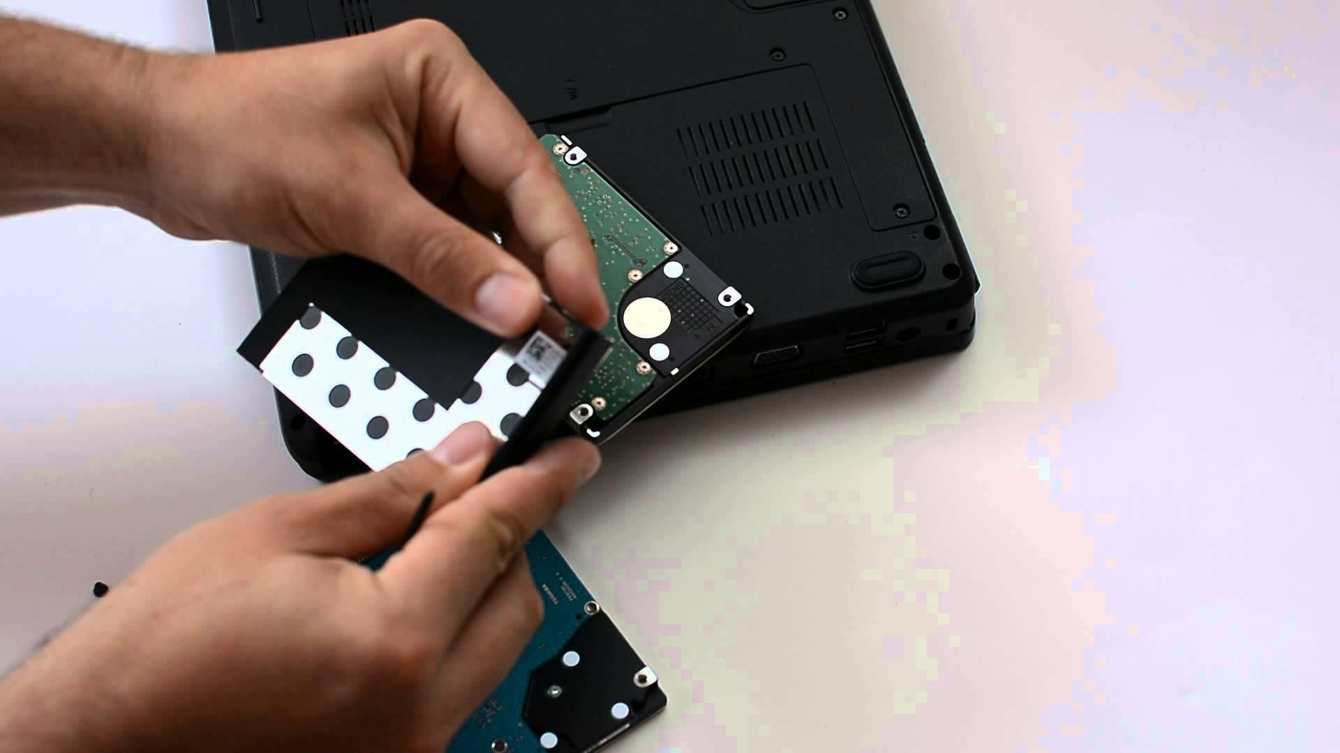 Cum se pot defecta unitatile hard disk?
