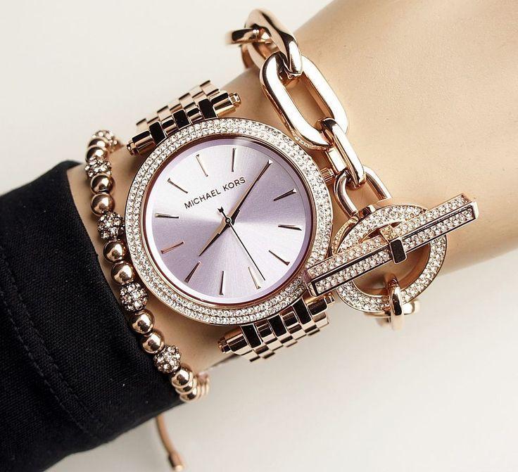 Ce modele de ceasuri pot purta femeile?