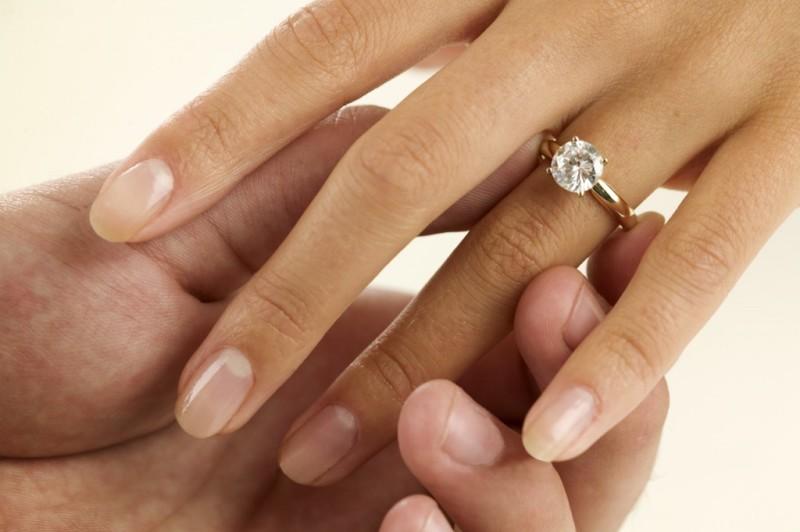 Valoarea intrinseca a bijuteriilor, aurului si diamantelor